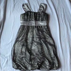 Girls Sz 14 formal dress, silver/tulle, Speechless